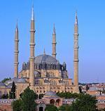 Turecké město Edirne a mešita Selimiye