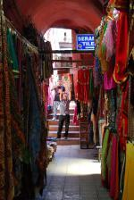 Grand Bazaar v Istanbulu - jeden z obchodů