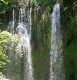 Antalya a nedaleký vodopád Kurşunlu